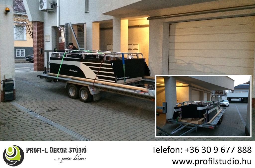 Referncia_Pontoon boat_hajódekor.jpg